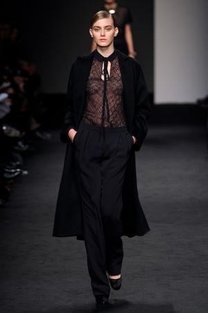 Показы мод Brioni Осень-зима 2011-2012 | Подиум на ELLE - Подиум - фото 2211
