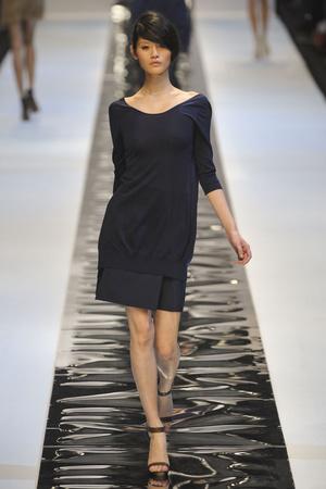 Показы мод Guy Laroche Весна-лето 2011 | Подиум на ELLE - Подиум - фото 2526
