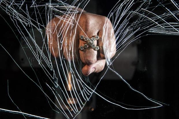 Открывается выставка Рона Арада
