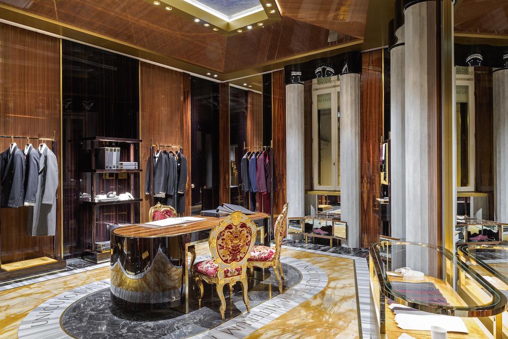 Экстравагантный бутик Dolce&Gabbana в Риме (галерея 14, фото 2)