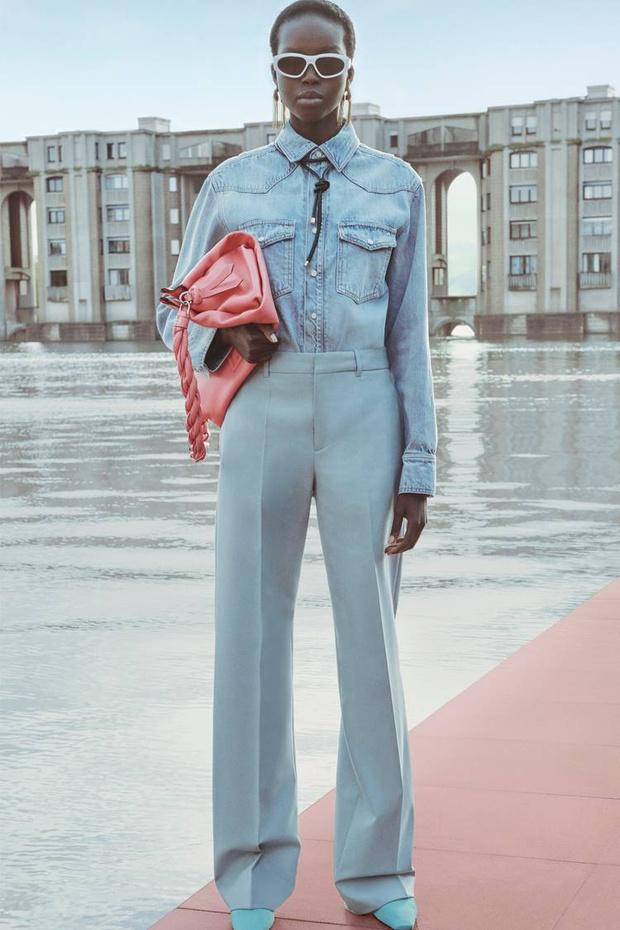 Какая древняя богиня послужила вдохновением для новой коллекции Givenchy? (фото 4)