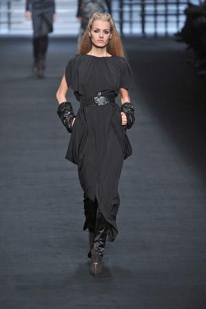 Показ Karl Lagerfeld коллекции сезона Осень-зима 2009-2010 года prêt-à-porter - www.elle.ru - Подиум - фото 99143