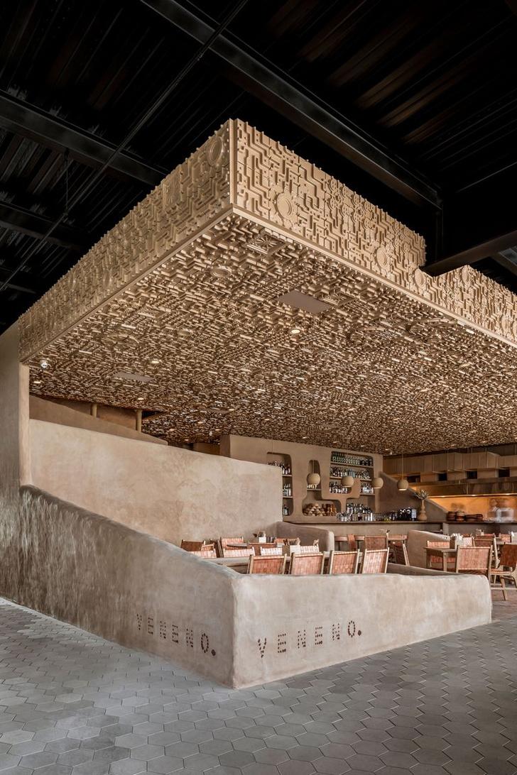 Ресторан с необычным потолком в Мексике (фото 10)