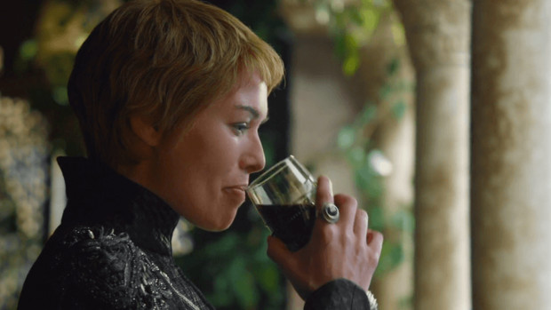 Вина и зрелищ:  напитки и сериалы для долгих выходных (фото 2)