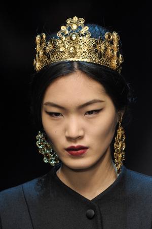 Показ Dolce & Gabbana коллекции сезона Осень-зима 2013-2014 года Prêt-à-porter - www.elle.ru - Подиум - фото 529742