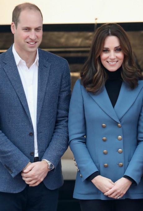 Беременная Кейт Миддлтон с принцами Гарри и Уильямом посетили спортивное мероприятие фото [3]