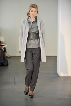 Показ Atelier Gustavo Lins коллекции сезона Осень-зима 2009-2010 года haute couture - www.elle.ru - Подиум - фото 87165