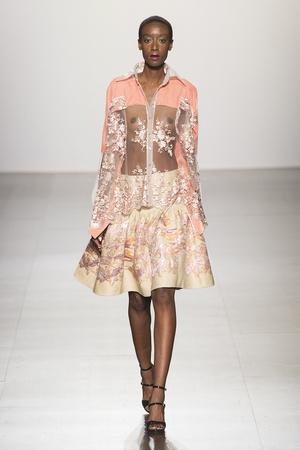 Показы мод Francesca Liberatore Осень-зима 2017-2018 | Подиум на ELLE - Подиум - фото 4855