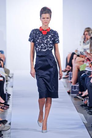 Показы мод Oscar de la Renta Весна-лето 2013 | Подиум на ELLE - Подиум - фото 1238