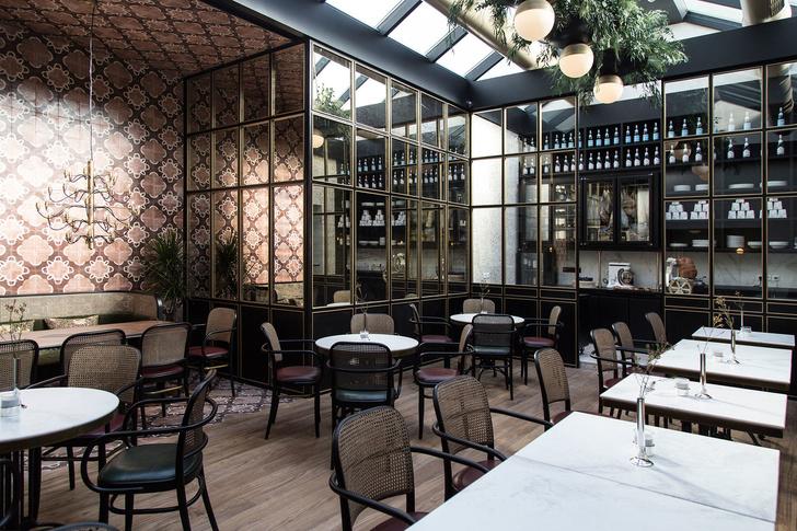 Афинский ресторан в стиле ретро (фото 9)