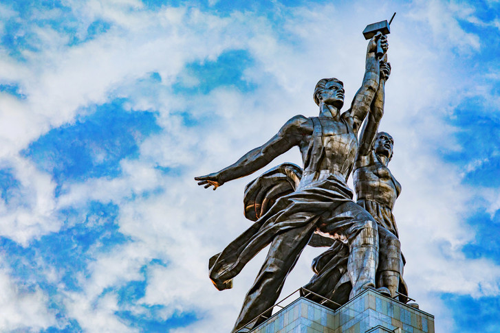 130-летие скульптора Веры Мухиной на ВДНХ (фото 0)