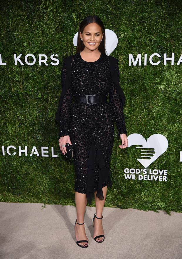 Крисси Тейген в Michael Kors Collection