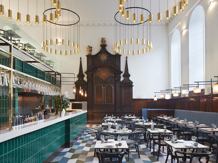 Лондонский ресторан в церкви по проекту Michaelis Boyd (фото 1)