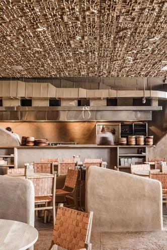 Ресторан с необычным потолком в Мексике (фото 11.2)