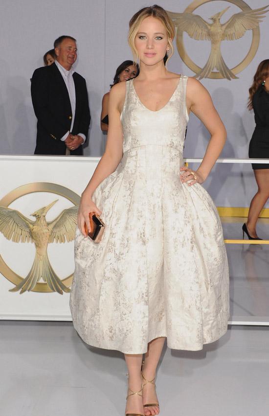 Дженнифер Лоуренс в Christian Dior Couture, премьера последних «Голодных игр»