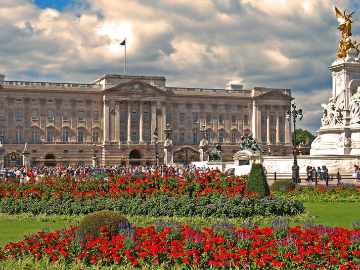 Жизнь по-королевски: все дома Елизаветы II (фото 3)