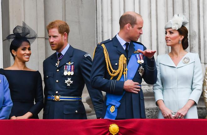 Кейт — нейтралитет: какую позицию занимает «принцесса Миддлтон» в драме двух принцев