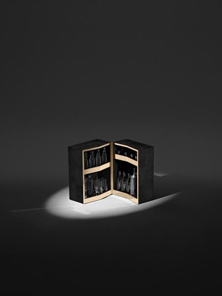 Александр Вэнг создал капсульную коллекцию мебели для Poltrona Frau | галерея [1] фото [3]