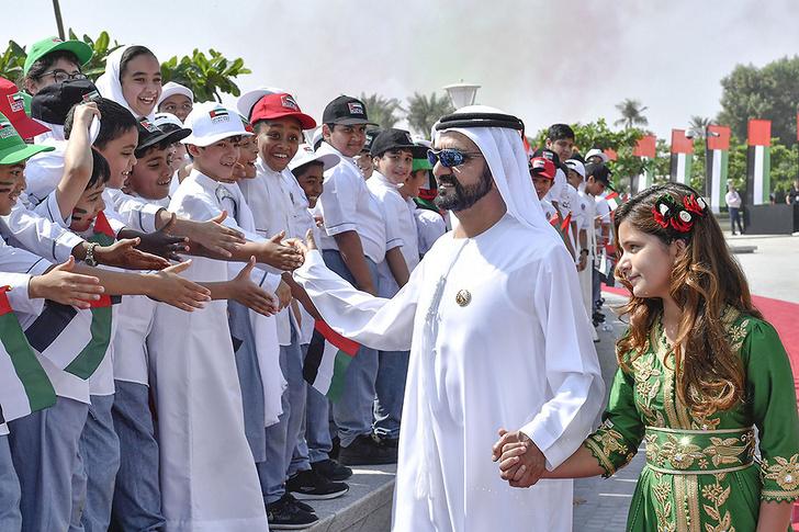 Принцесса Востока: премьер-министр Арабских Эмиратов представил дочь фото [2]