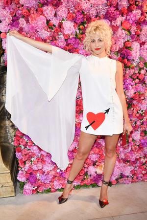 Звезды на показе Schiaparelli Couture в Париже (фото 3.1)