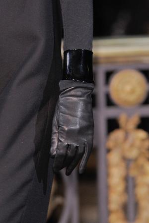 Показ John Galliano коллекции сезона Осень-зима 2013-2014 года Prêt-à-porter - www.elle.ru - Подиум - фото 548222