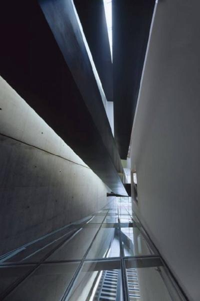 Проснулся знаменитым: первые проектызвезд архитектуры   галерея [1] фото [10]