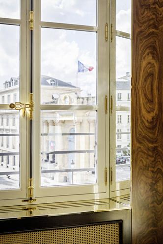Интерьер с обложки: квартира в Париже по проекту Studio KO (фото 2.1)