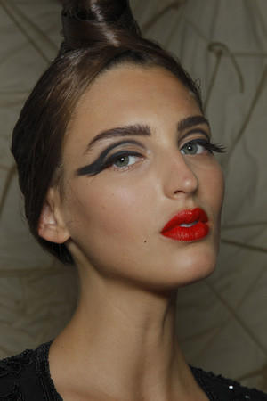 Показ Jean Paul Gaultier коллекции сезона Осень-зима 2010-2011 года haute couture - www.elle.ru - Подиум - фото 168525