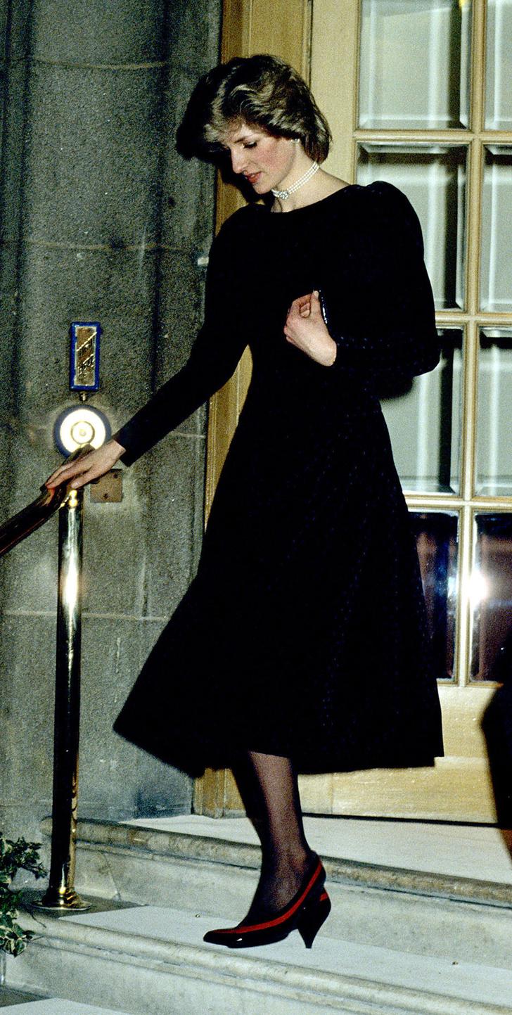 Принцесса Диана – от Букингемского дворца до отеля Ritz фото [14]