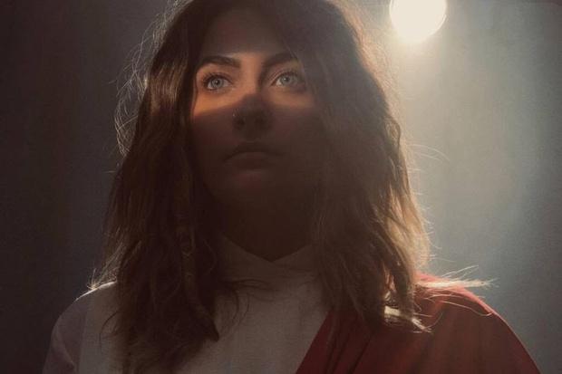 Очень неожиданно: дочь Майкла Джексона сыграет  роль Иисуса Христа (фото 1)