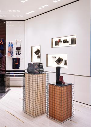 Обновленный бутик Chanel вТЦ«Крокус Сити Молл» (фото 2.2)