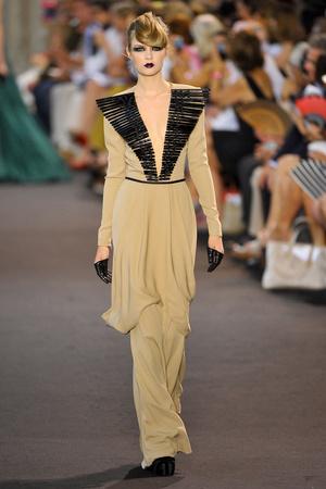 Показ Stephane Rolland коллекции сезона Осень-зима 2011-2012 года haute couture - www.elle.ru - Подиум - фото 278167