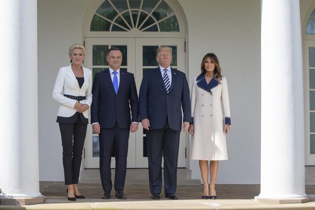 Мелания Трамп в пальто Gucci из натуральной шерсти за 2 700 евро (фото 4)