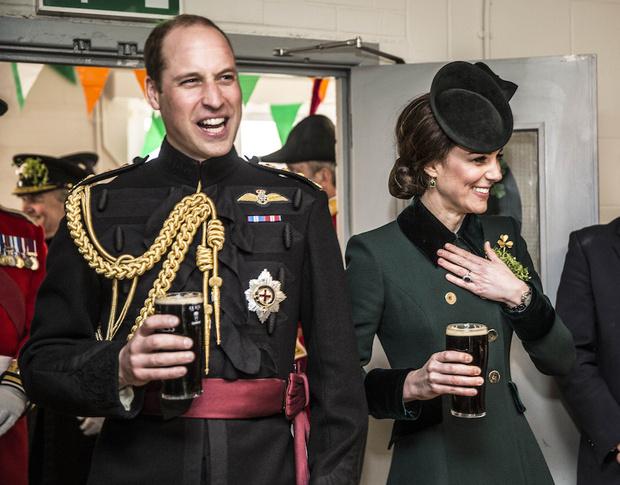 Принц Уильям и Кейт Миддлтон на параде в честь Дня святого Патрика