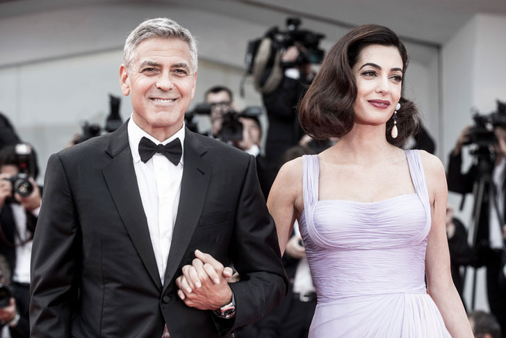 Первые фотографии Джорджа и Амаль Клуни с близнецами фото [2]