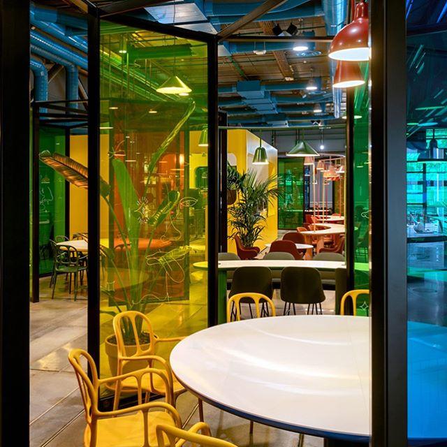 Новое кафе в Центре Помпиду по дизайну Хайме Айона (фото 6)