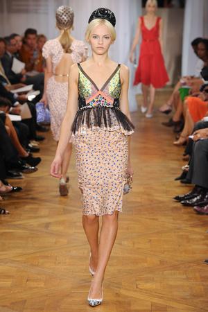 Показ Nina Ricci коллекции сезона Весна-лето 2012 года prêt-à-porter - www.elle.ru - Подиум - фото 306910