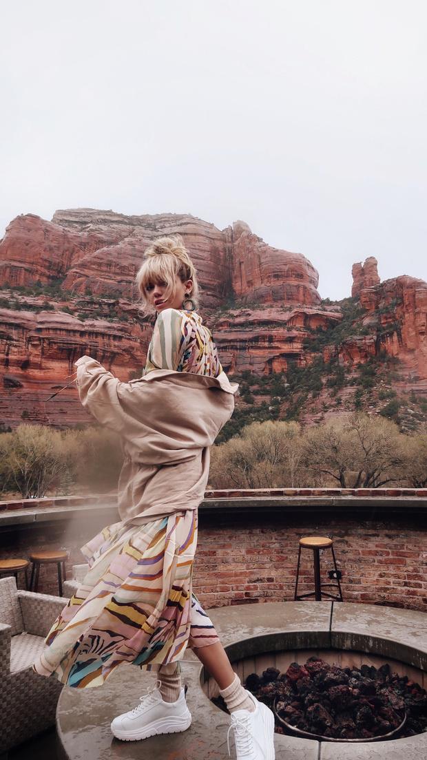 Дневник Валерии Дергилевой: как прошел иммерсивный показ H&M Studio в красных каньонах Аризоны (фото 10)