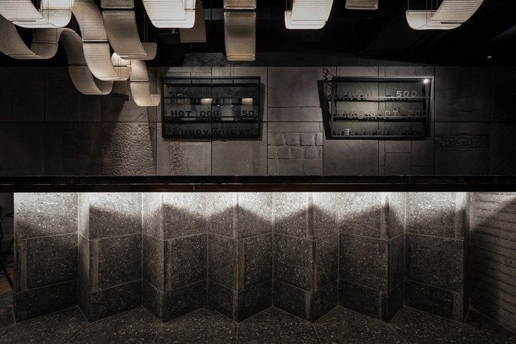 Брутальный Berlin Bar в Москве (фото 6)