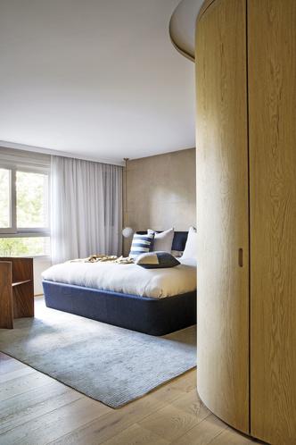 Современная квартира с яркими акцентам в центре Мадрида (фото 12.2)