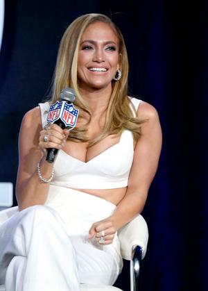 Шакира и Дженнифер Лопес на пресс-конференции Pepsi (фото 0.2)