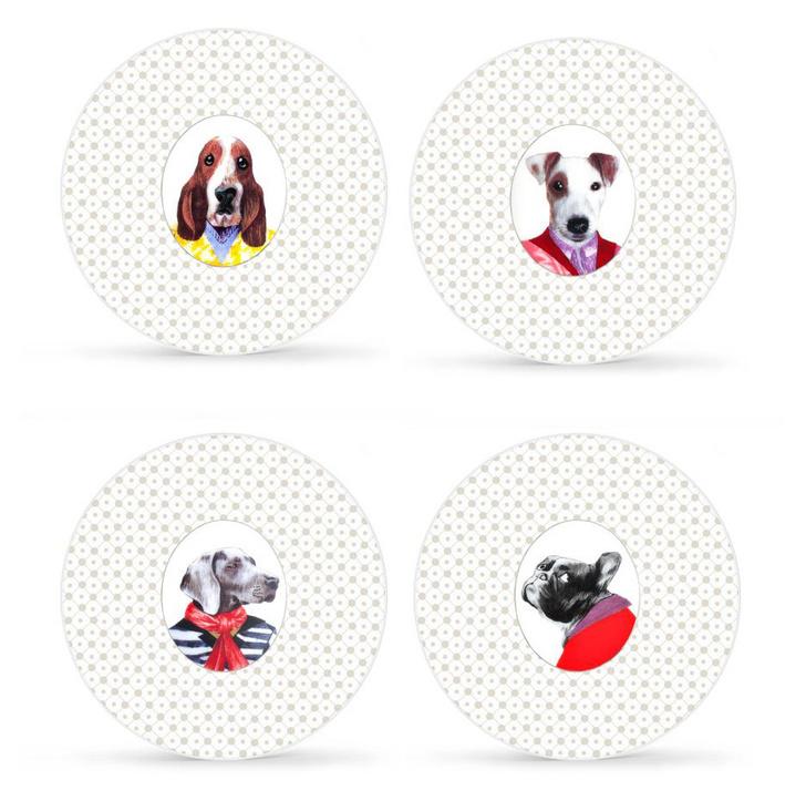 """Набор фарфоровых тарелок """"Жизнь собаки"""", Medard de Noblat, магазины """"Шато де Вэссель"""""""