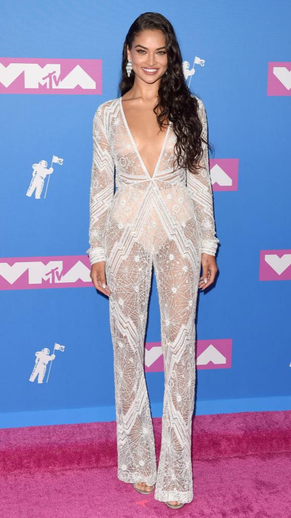 Total-white: знаменитости в белых нарядах на VMA (фото 6)
