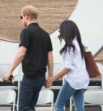 Принц Гарри нарушил королевский протокол ради Меган Маркл фото [3]