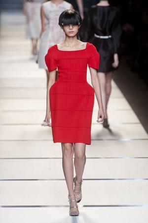 Показы мод Fendi Весна-лето 2014 | Подиум на ELLE - Подиум - фото 3599