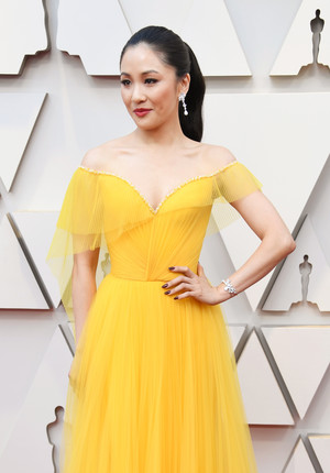 Самые красивые украшения «Оскара-2019» (фото 12.2)