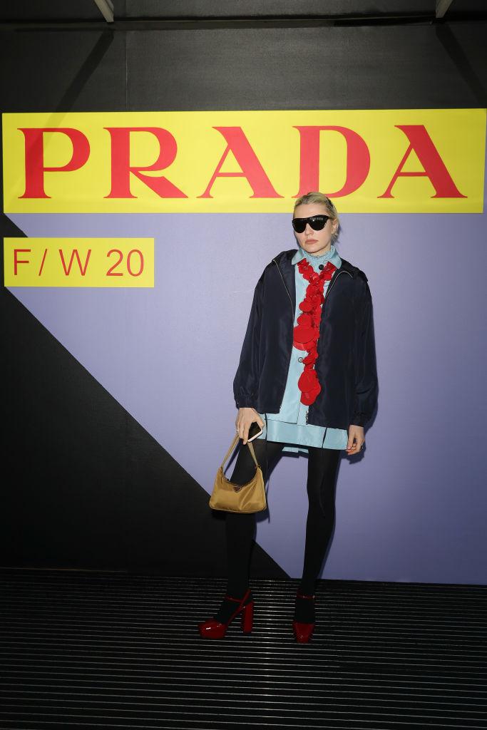 Барбара Палвин, Джильда Амбросио, Кьяра Ферраньи и другие гости показа Prada Menswear Fashion Week (фото 9)