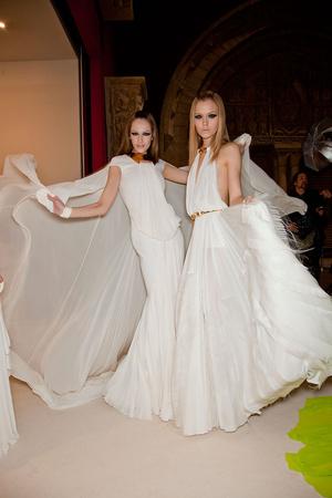 Показ Stephane Rolland коллекции сезона Весна-лето 2012 года Haute couture - www.elle.ru - Подиум - фото 332078