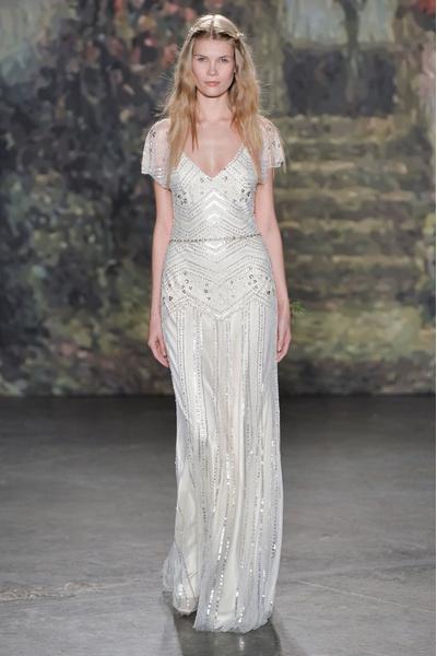 50 самых красивых платьев со Свадебной Недели Моды в Нью-Йорке | галерея [1] фото [23]