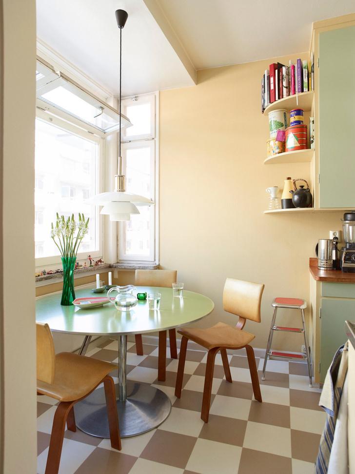 Креативная квартира стилиста и модели Урсулы Венгадер (фото 10)